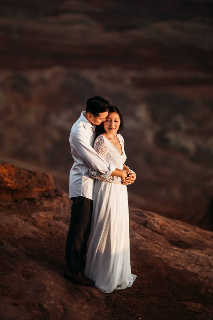 San Francisco Wedding Photographer - Couple overlooking cliff
